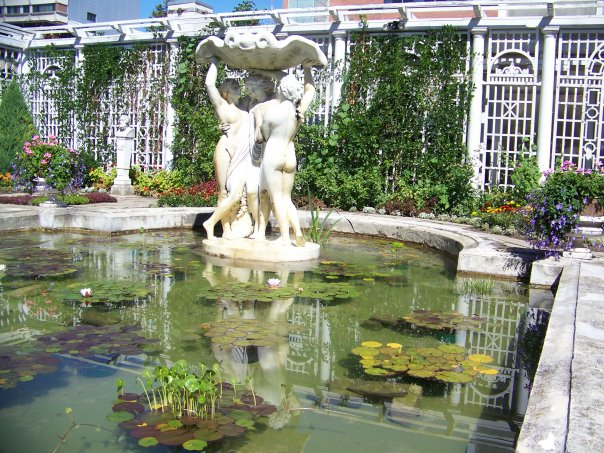 Italian Gardens of Parkwood Estates